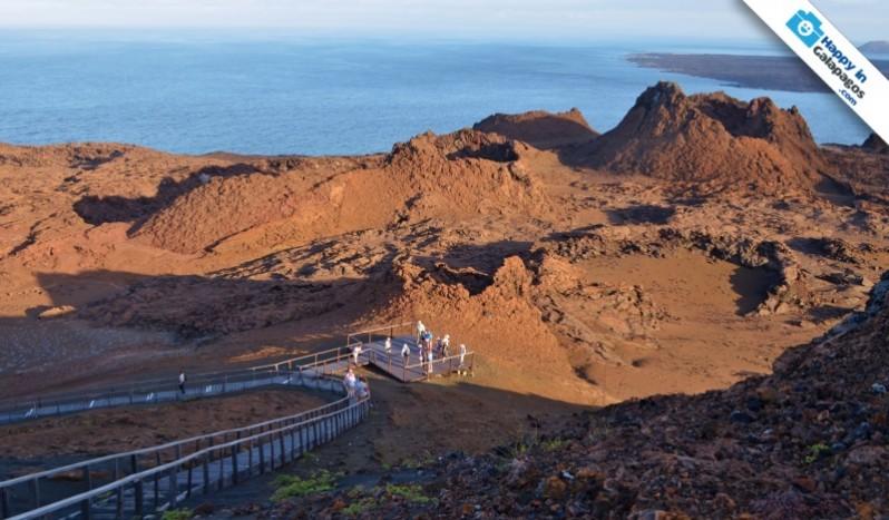 Galapagos Photo Trekking around the panoramic trails